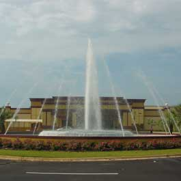 Delta Fountains Victoryland Shorter AL