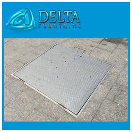 Diamond plate hatch in concrete