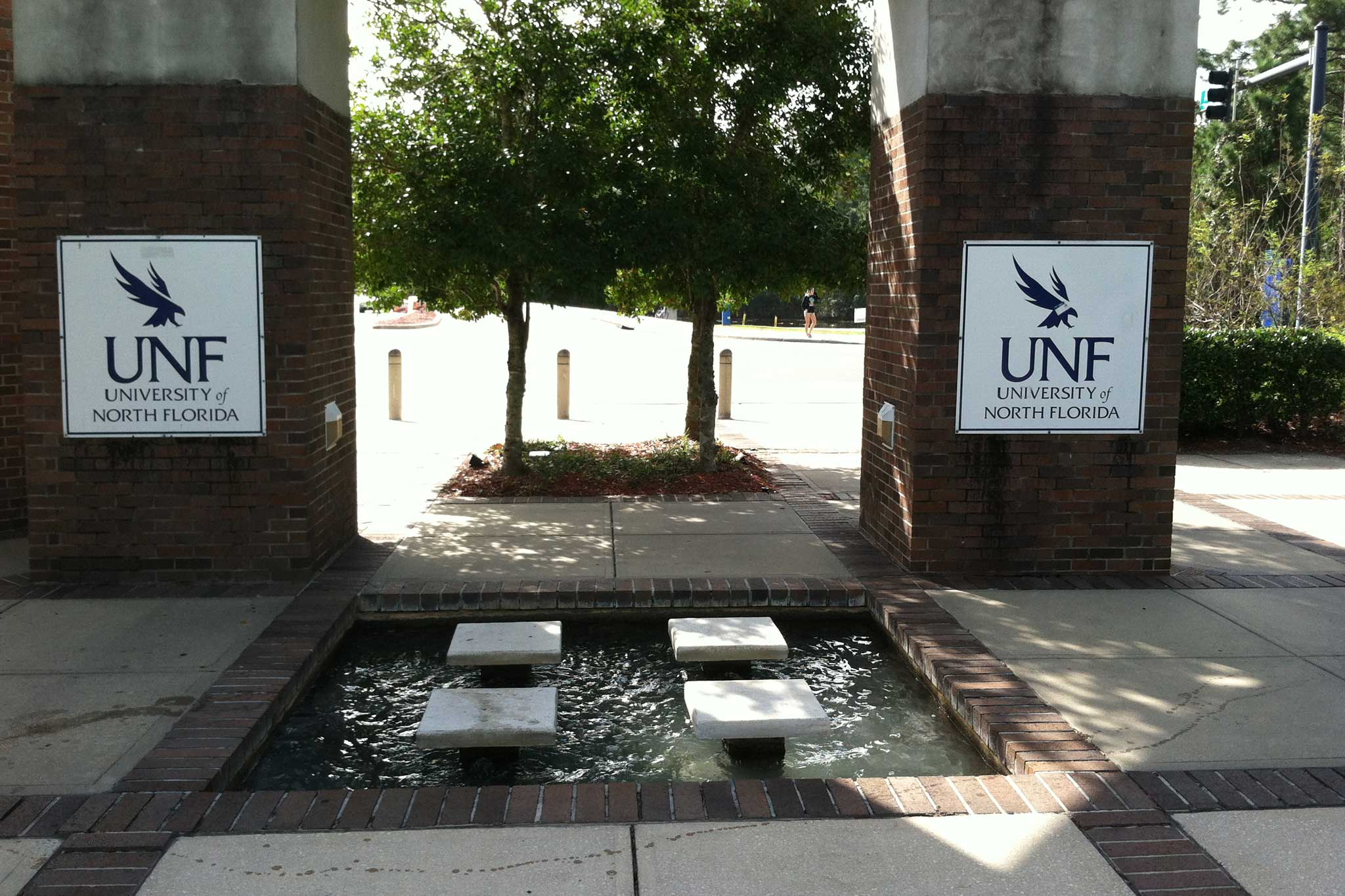 Unf Triangle Entrance Fountains Delta Fountains