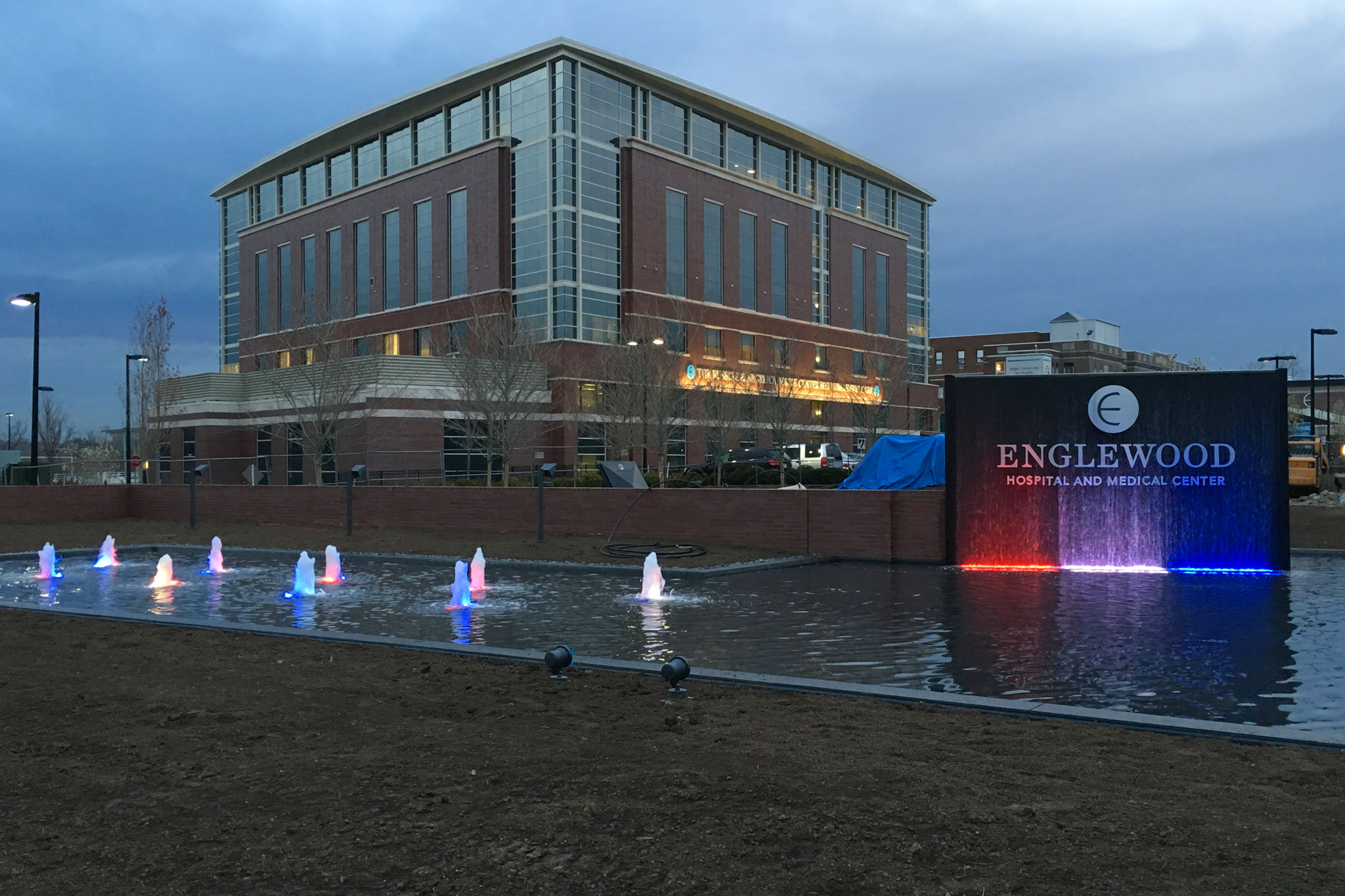 Englewood Hospital Entrance Water Feature