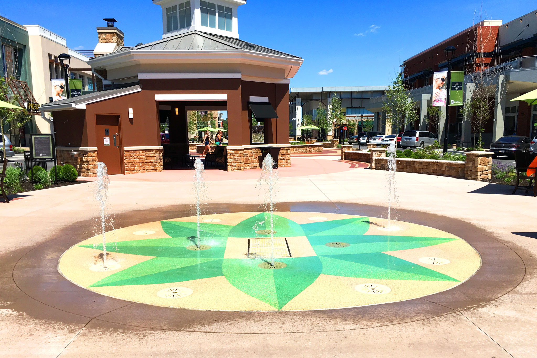 Interactive Water Feature At Retail Outlet Delta Fountains