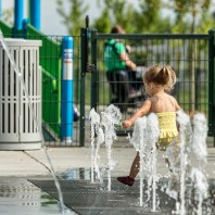 Kids Splash park in Potomac yard land bay k park