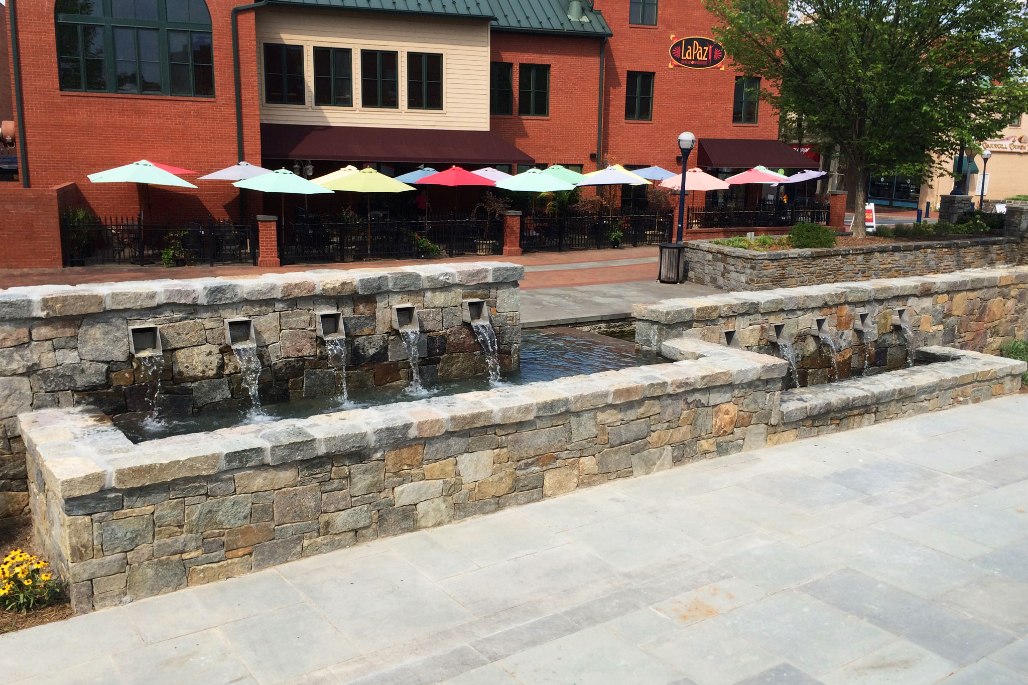 Maryland Retail Outlet Public Water Feature
