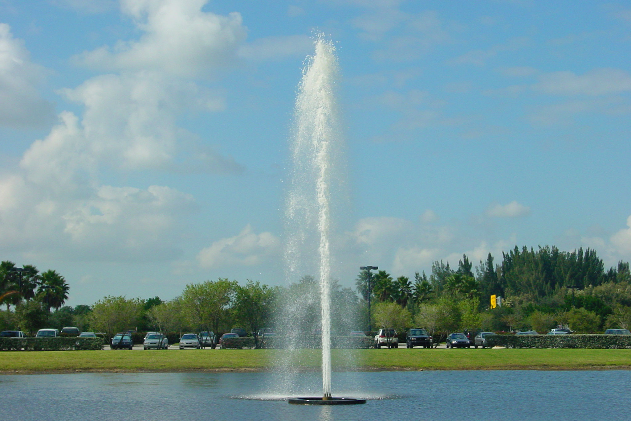 Pod jet floating fountains delta