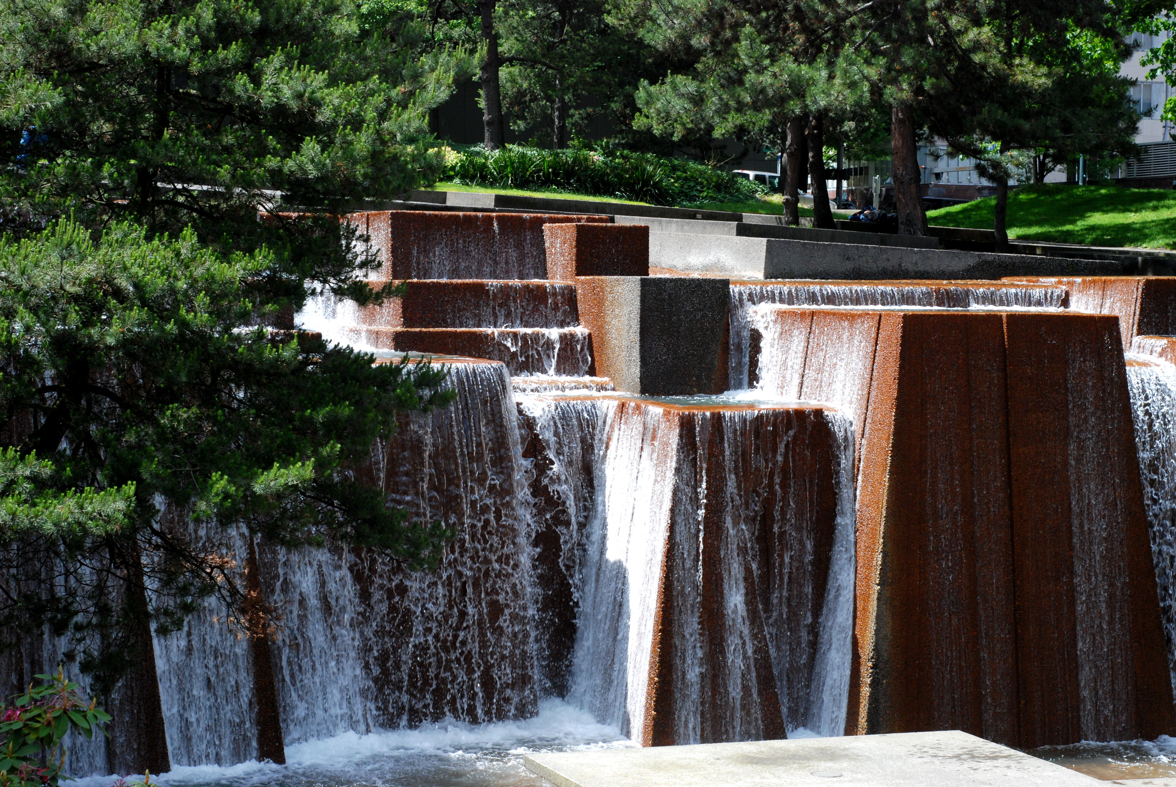 Keller Fountain holds 75,000 gallons of water.