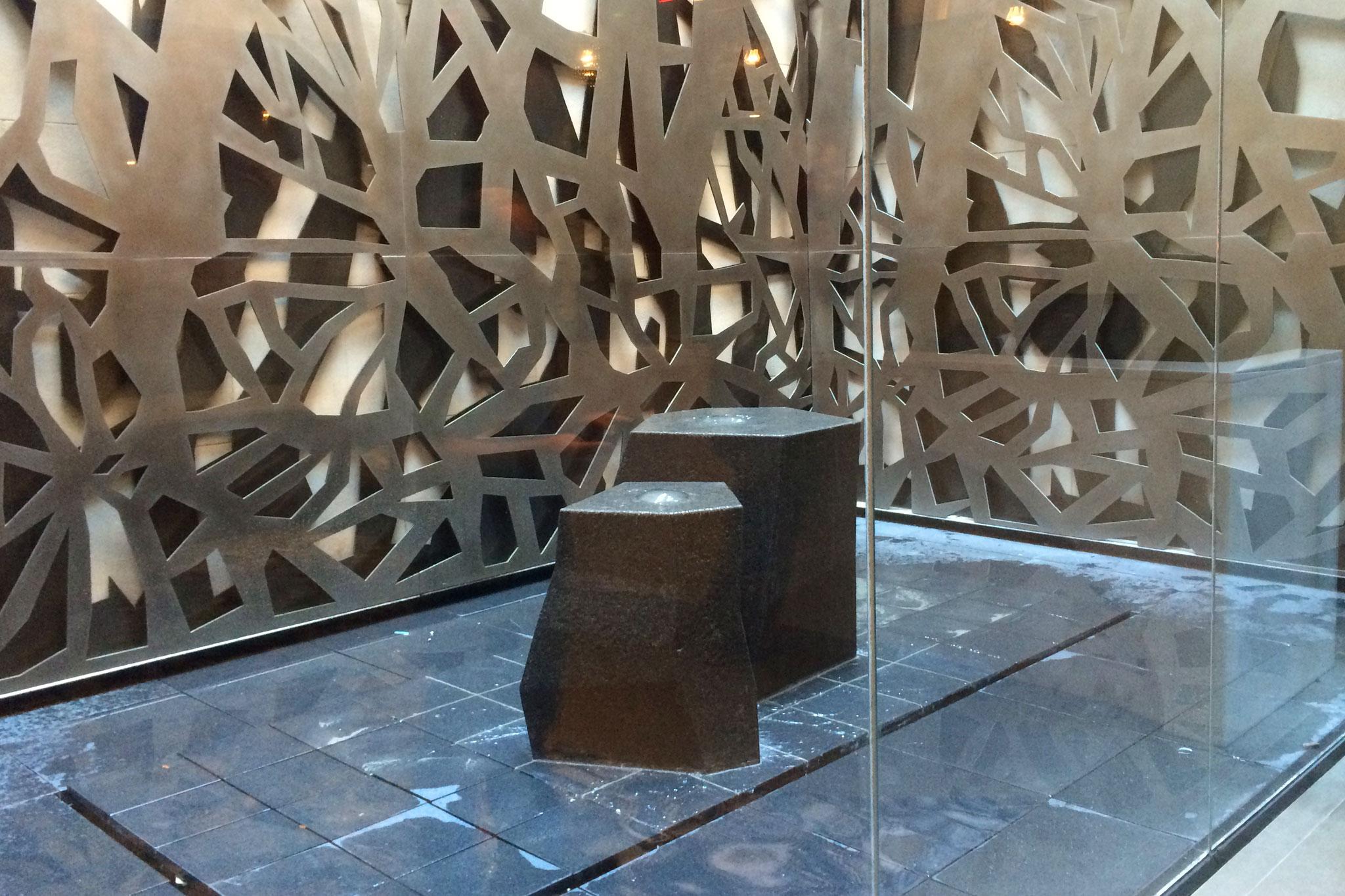 New York Atrium Water Feature